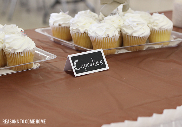 wedding shower cupcakes