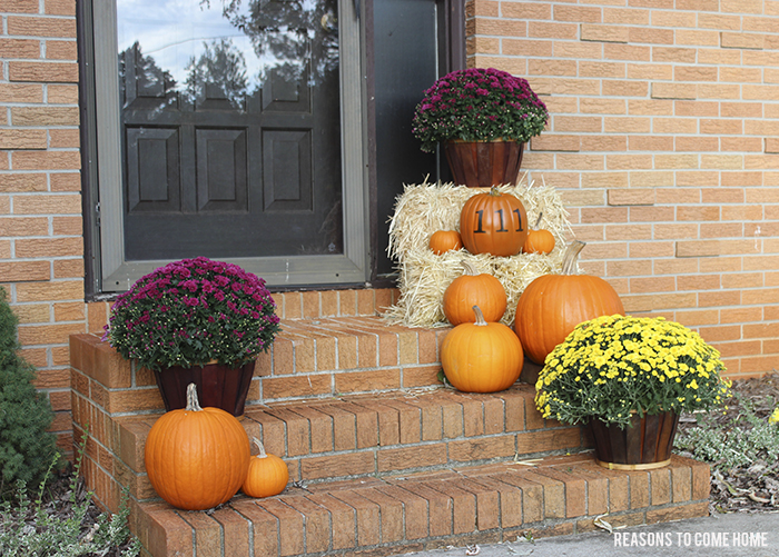 pumpkin front steps